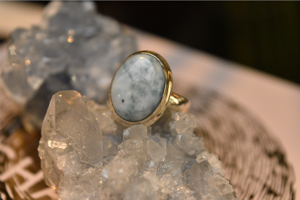 Larimar Ari Ring Oval - Jewels & Gems