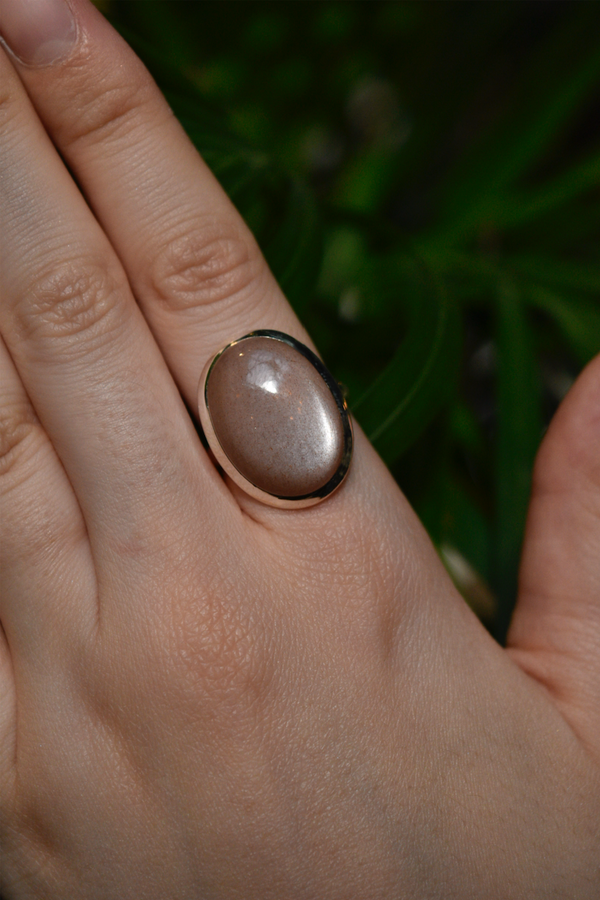 sterling silver peach moonstone ring