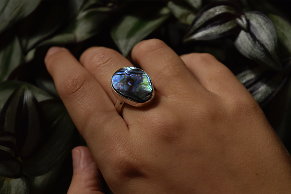 Abalone Shell Akoni Ring Asymmetric Medium