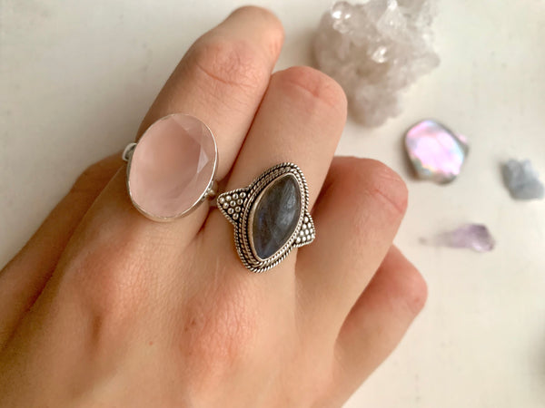 Rose Quartz Ari Ring - Faceted Oval - Jewels & Gems