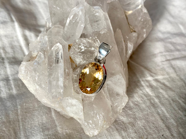 Citrine Ari Pendant - Jewels & Gems