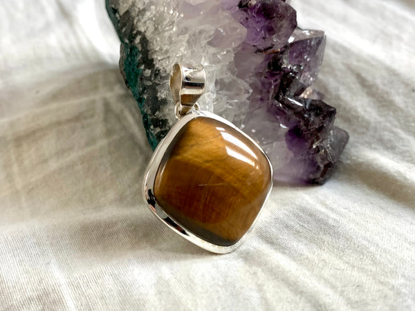 Tiger's Eye Naevia Pendant - Lozenge - Jewels & Gems