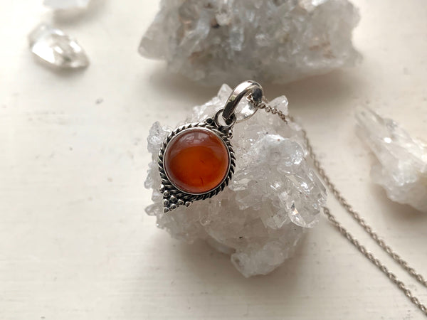 Carnelian Cassia Dot Pendant - Jewels & Gems