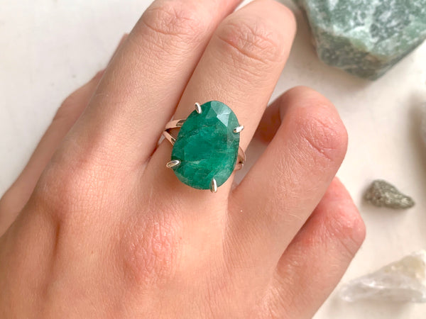 Semi-precious Emerald Saana Ring - Jewels & Gems