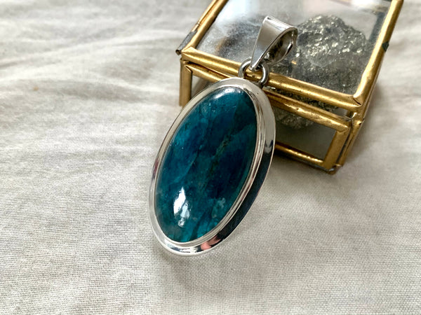 Blue Apatite Ansley Pendant - Long Oval - Jewels & Gems