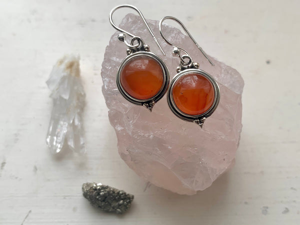Carnelian Ari Dot Earrings - Jewels & Gems