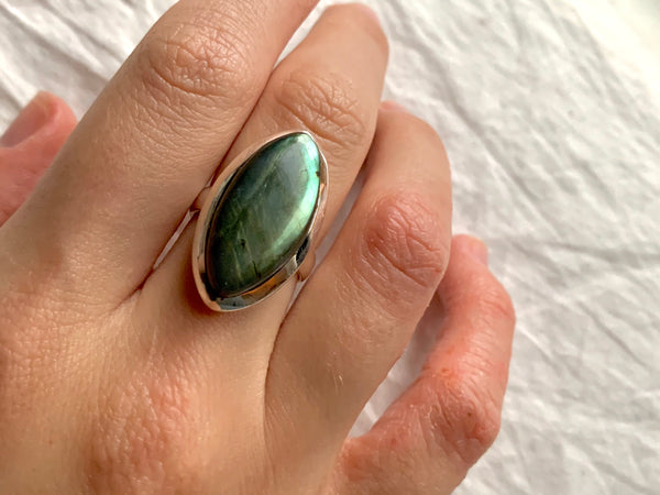 Labradorite Akoni Ring - Regular Marquise - Jewels & Gems