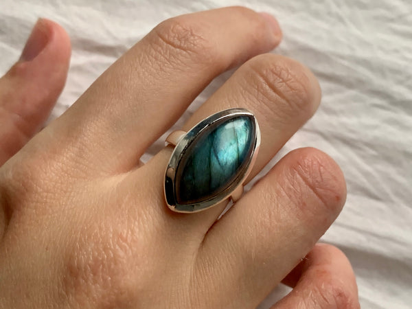 Labradorite Akoni Ring - Small Marquise (US 9.5) - Jewels & Gems