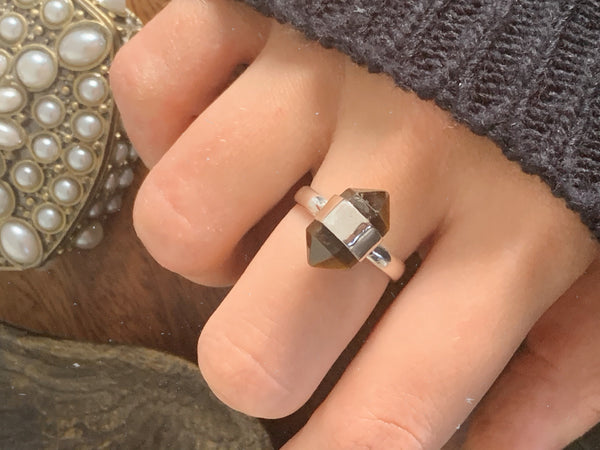 Tiger's Eye Point Ring - Jewels & Gems