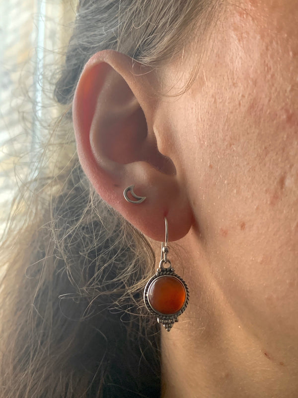 Carnelian Cassia Dot Earrings - Jewels & Gems