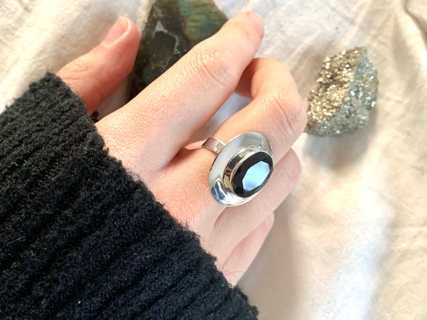 Onyx Dinah Ring - Faceted Medium Oval - Jewels & Gems