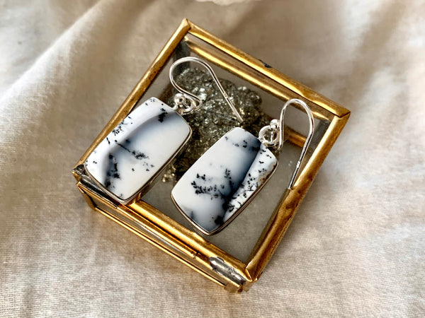 Dendritic Agate Akoni Earrings - Rectangle - Jewels & Gems