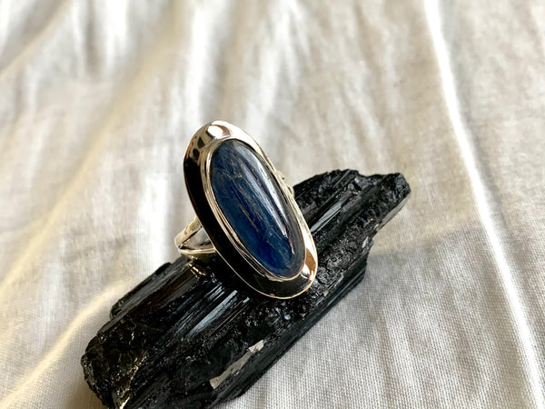 Kyanite Dinah Ring - Long Freeform (US 6 & 8.5) - Jewels & Gems
