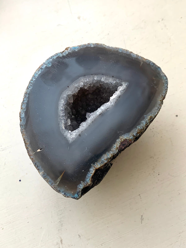 Grey Agate Geode (Ireland only) - Jewels & Gems