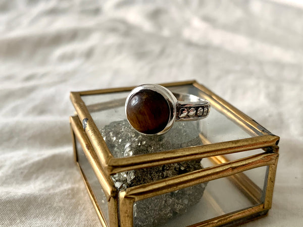 Chalcedony / Tiger's Eye / Blue Topaz Eseld Ring - Jewels & Gems
