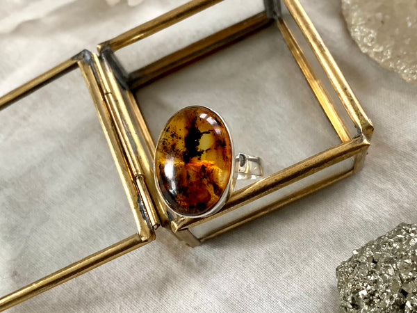 Amber Akoni Ring - Small Oval (US 8.5) - Jewels & Gems
