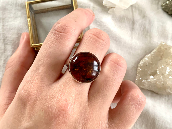 Amber Akoni Ring - Round (US 8) - Jewels & Gems