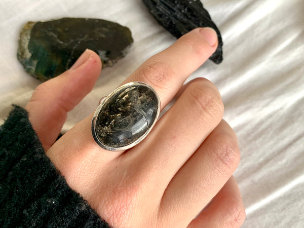 Seraphinite Naevia Ring - Large Oval - Jewels & Gems