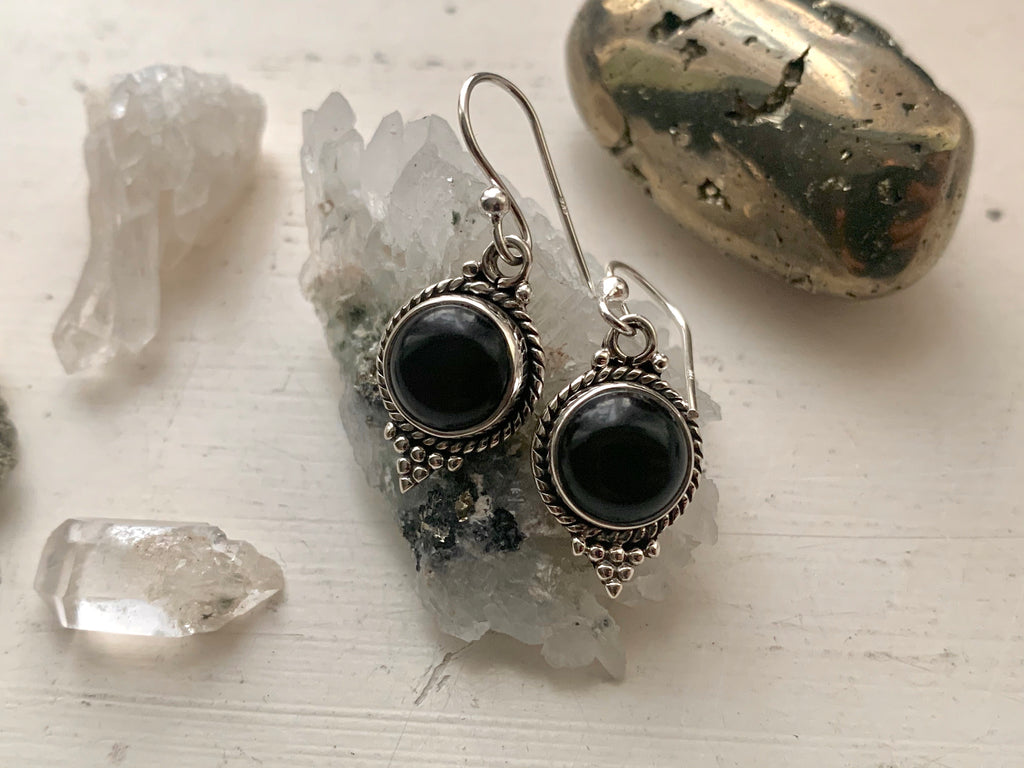 Onyx Cassia Dot Earrings - Jewels & Gems