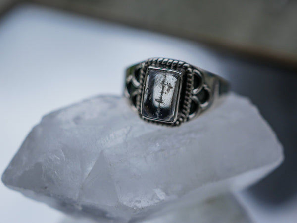 Moonstone Silas Ring - Jewels & Gems