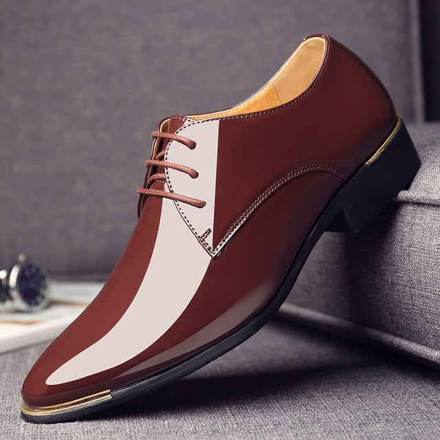 Mens patent leather lace up Pointed toe shoes