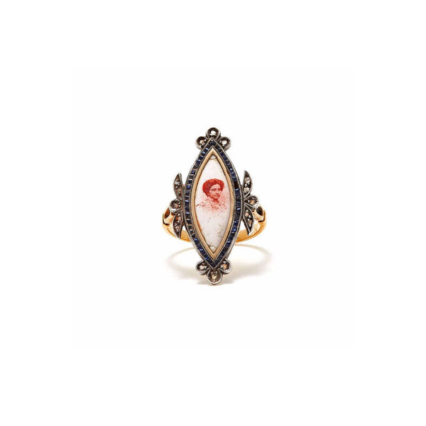 Jaipur Atelier Lady of the Raj Antique Cameo Pinky Ring