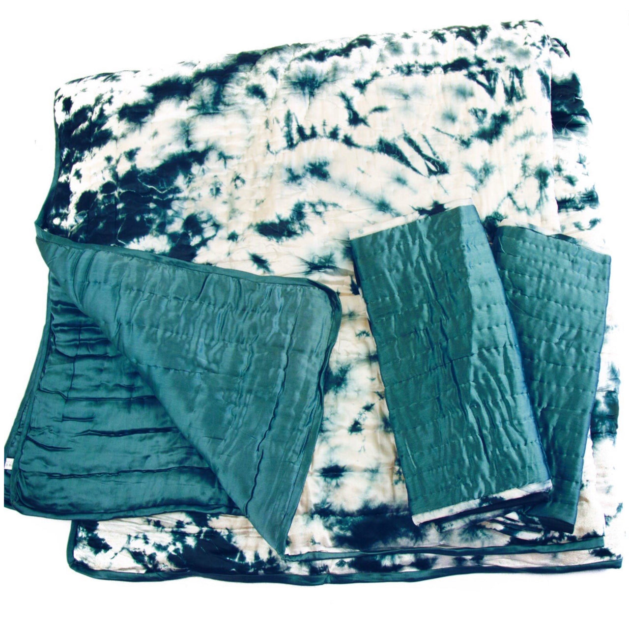 Charcoal & Snow Silk Tie Dye Quilt
