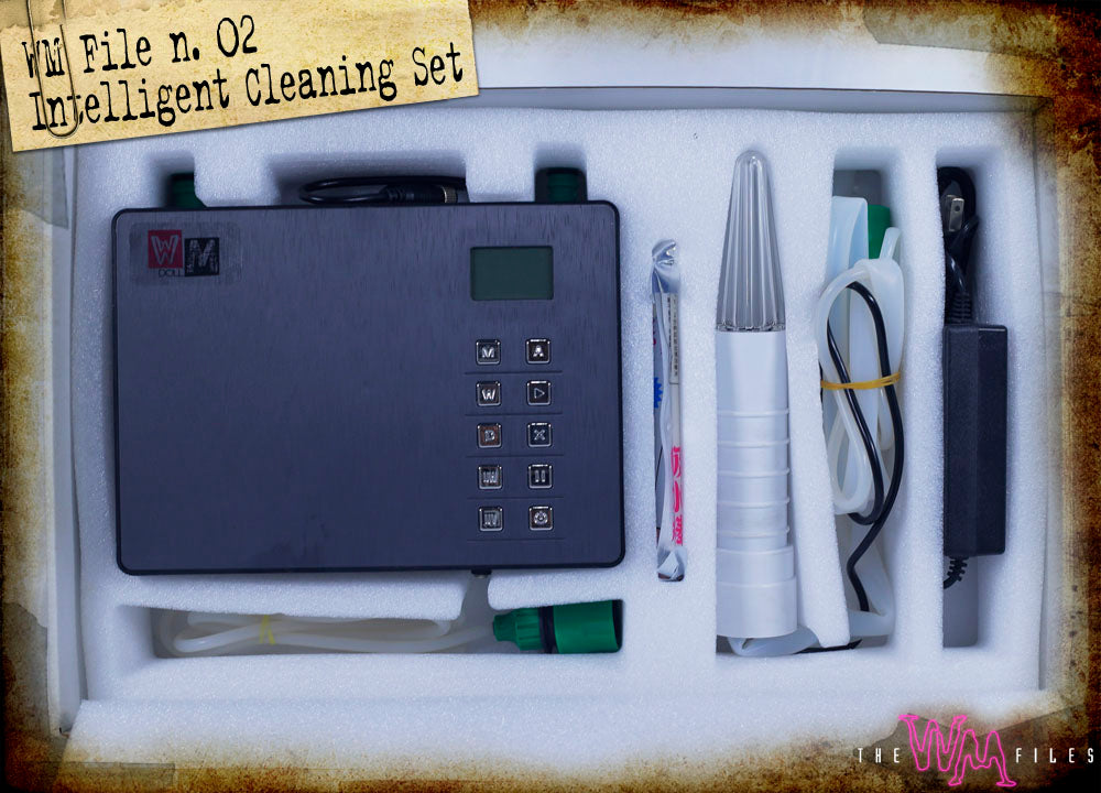 WM Doll's new cleaning kit box (inside)
