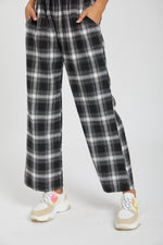 Pants checkered - black