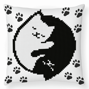 Diamond Dotz - Kitty Glow - Cushion - 5d Diamond Crystal Painting Kit 18cm x 18cm