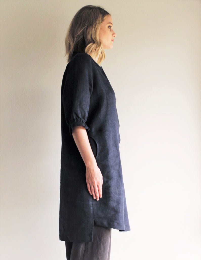 Frill Sleeve Shift Dress NAVY