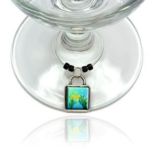 Leafy Sea Dragon in Seaweed Wine Glass Drink Marker Charm Ring