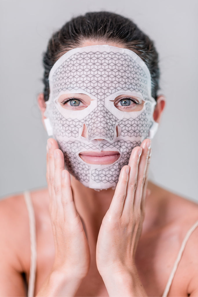 FRANZ Premium Microcurrent Face Mask: smooth out the first signs of aging