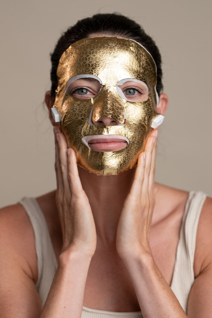 Saint 21 Gold Microcurrent Face Mask:  reset advanced signs of aging