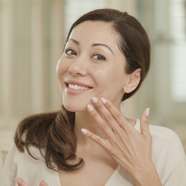 Benefits of a microcurrent sheet mask  over a facelift