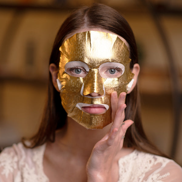 Get a facelift at home  with microcurrent face lifting masks