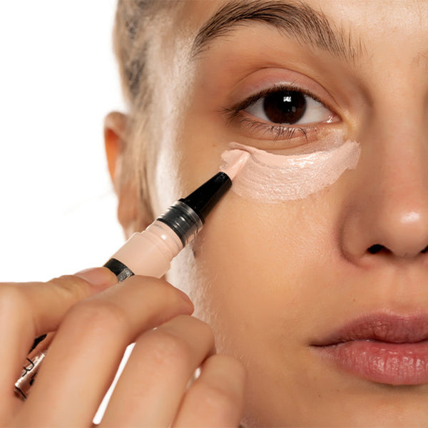 How To Remove Dark Circles Under Eyes Naturally in One Week -Consider Using Makeup