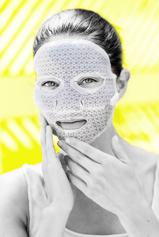 The Franz Microcurrent Facial Dual Mask produces a mild electric current.