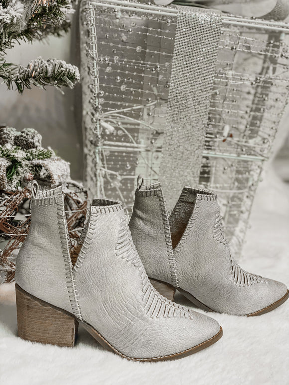 The Shollie Cream Bootie - Face 2 Soul Beauty Boutique