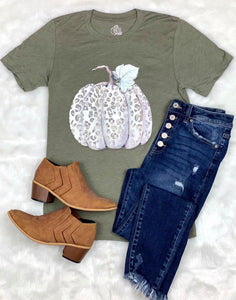 Leopard Pumpkin Tee - Face 2 Soul Beauty Boutique