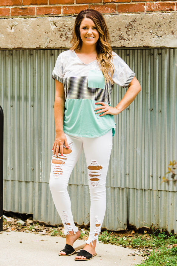 White Distressed Skinnies - Face 2 Soul Beauty Boutique