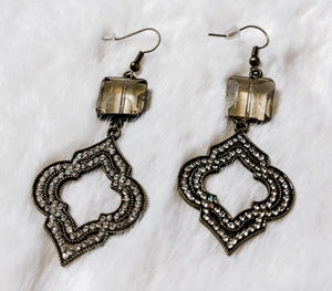 The Saylor Earrings - Face 2 Soul Beauty Boutique