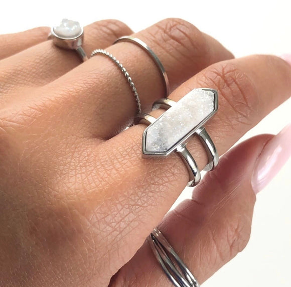 Parvus Silver Quartz Ring - Face 2 Soul Beauty Boutique