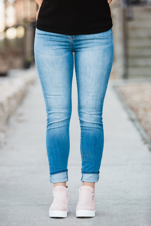The Eliza Light Wash Skinnies - Face 2 Soul Beauty Boutique