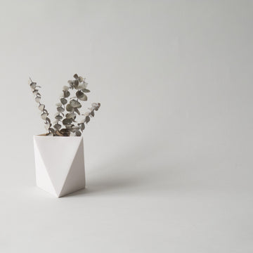 Triangle Short Porcelain Vase. Cut&Fold