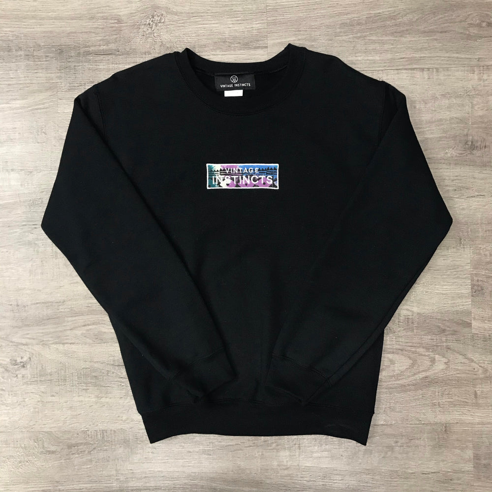 VINSTINCTS Vintage Fabric Patch Crewneck Sweatshirt