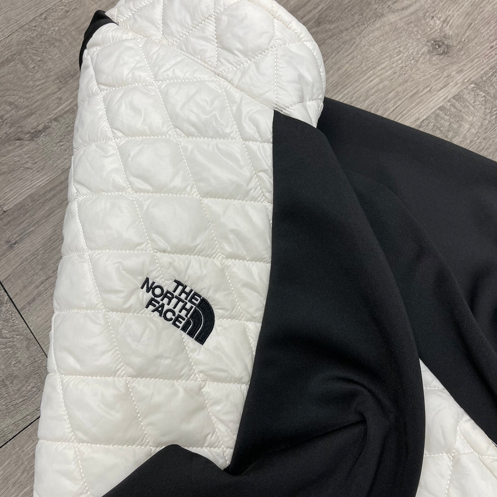 THE NORTH FACE Lightweight Puffer Jacket