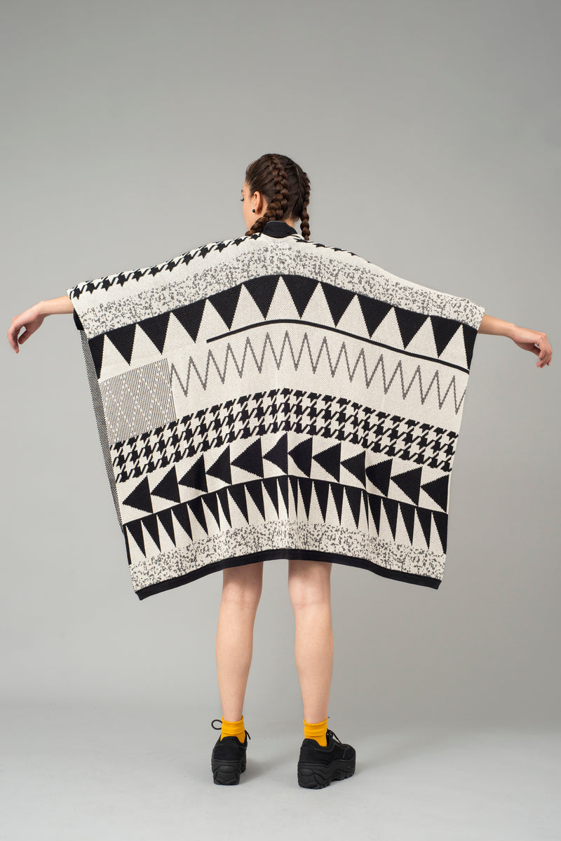 products/poncho-new-shape-pays-2.jpg
