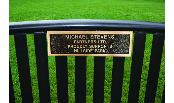 6 Foot Park Bench Seating With Bronze Plaque