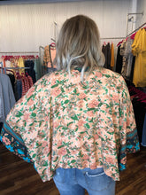 Load image into Gallery viewer, Peach Multi Floral Spring Kimono - One Size